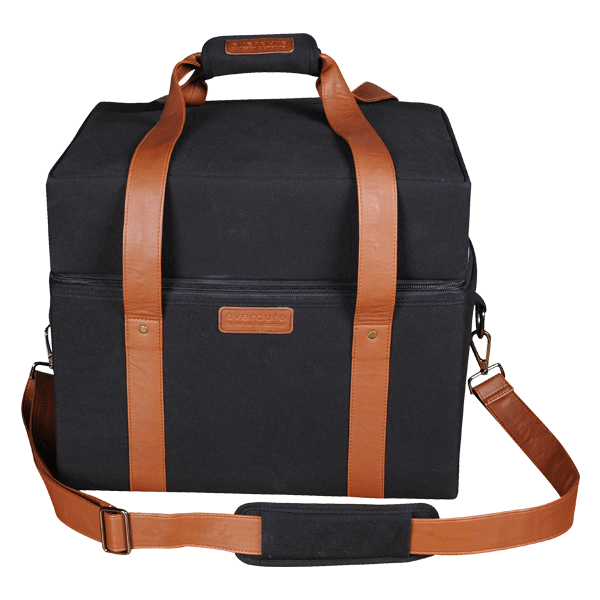 Cube travel bag front on